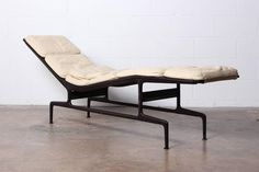 Custom Billy Wilder Chaise by Charles Eames 8