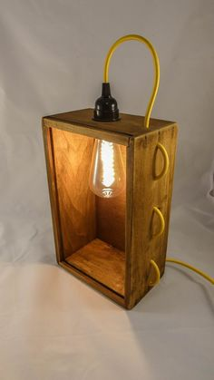 Vintage Box, Vintage Lamps, Light Fittings, Light Fixtures, Funky Lamps, Luminaire Original, Old Wooden Boxes, Old Lamps, Rustic Lamps