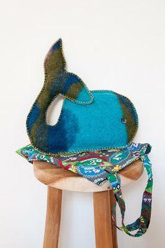 #Handmade #knuffels  De kuffels van JeeJ zijn gemaakt van oude wollen dekens zijn 30 cm en kosten 15,00 per stuk. Elke knuffel is uniek. Bestellen kan door een mail te stuur  naar www.ilovejeej.nl