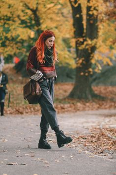 Cozy for Fall. Grunge Outfits, Grunge Fashion, New Outfits, Teen Fashion, Cute Outfits, Fashion Outfits, Grunge Look, Mode Grunge, Style Grunge