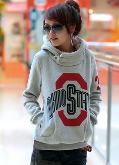 Love the style of the sweatshirt.. Not so much the school.