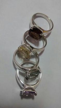 75df1095cb1 Aneis em prata com pedras naturais