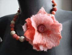 Coral pink felt flower corsage necklace valentines by SAMANTHATENN, $55.00  #jewelry #necklace #felted