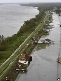The storm surge ahead of Hurricane Isaac made the Mississippi River run backwards for 24 hours.    US Geological Survey (USGS) instruments at Belle Chasse in Louisiana recorded the flow of the river, finding it running in reverse on Tuesday.