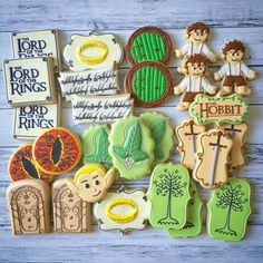 Lord of the Rings cookies for your Hobbit LOTR party Hobbit Wedding, Hobbit Party, Cakepops, Royal Icing Cookies, Baby Cookies, Sugar Cookies, Party Rings, Lord Of The Rings, The Hobbit