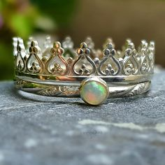 Opals and crown rings are a girls best friend!
