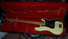 Fender Dee Dee Ramones Personal Bass   Reverb