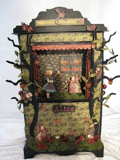 This is a miniature. Inspiration for the lifesize puppet theatre I'm working on for my class. annes papercreations: Halloween in Wonderland puppet theatre and mini album Paper Puppets, Paper Toys, Graphic 45, Toy Theatre, Shadow Theatre, Paper Art, Paper Crafts, Marionette, Shadow Puppets