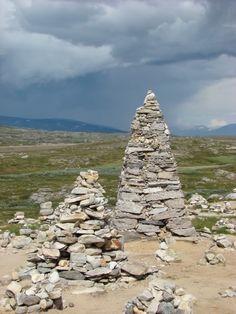 stones on stones (cairns)