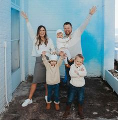 100 Best Books, Good Books, Whitney Bates, Bates Family Blog, Dugger Family, Having A Baby Boy, Expecting Baby, Baby On The Way, Celebrity News