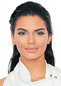 Kendall Jenner's wet look http://en.louloumagazine.com/beauty/daily-obsession-beauty/kendall-jenner's-wet-look/ / Le wet-look de Kendall Jenner  http://fr.louloumagazine.com/beaute/obsession-beaute-beaute/le-wet-look-de-kendall-jenner/