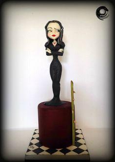 Awesome Morticia cake by Silvia Mancini