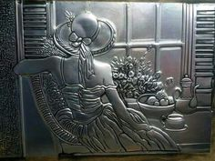 Resultado de imagen para cobre y rosa Pewter Art, Pewter Metal, Metal Projects, Metal Crafts, Aluminum Foil Art, Soda Can Crafts, Tin Can Art, Metal Embossing, Recycling