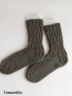 Elonpolkuja Socks, Knitting, Fashion, Hosiery, Moda, Tricot, Cast On Knitting, Fasion, Stockings