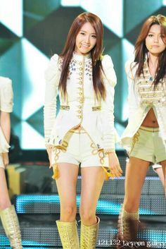 Yoona of Girl's Generation (SNSD)- She's so pretty!