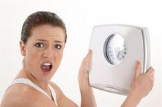 Перед каким-нибудь важным событием многих женщин волнует вопрос: как сбросить лишний вес, лучше бы без диет и привести себя в порядок максимально быстро