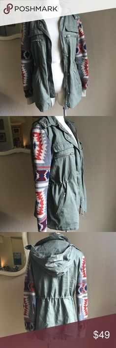 """Nordstrom Thread & Supply Aztec sleeve jacket Cute and trendy utility jacket. Perfect for the colder weather. Lightweight with sweater fabric sleeves. 26"""" long, 19"""" pit to pit when zipped, 15"""" shoulder seam to shoulder seam when zipped. All measurements are approximate and taken from front while laying flat. Sleeves have some pulling. Thread & Supply Jackets & Coats Utility Jackets"""