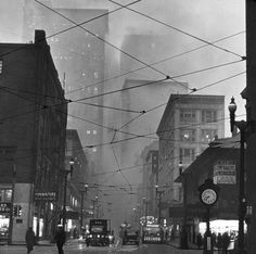 Before environmental regulations, Pittsburgh looked like the capital of Hell.  This photo is looking up 5th Avenue on Liberty Avenue, I believe.