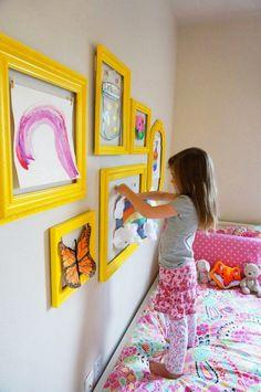 Детская в цветах: желтый, светло-серый, белый, бежевый. Детская в .