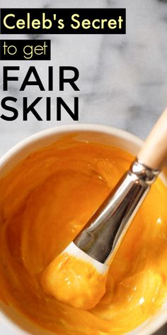 How To Get Fair Skin Naturally At Home Fast Using 5 Natural Remedies - Skin Care Tips Natural Home Remedies, Natural Healing, Fair Skin Home Remedies, Holistic Healing, Herbal Remedies, Health Remedies, Beauty Care, Beauty Hacks, Beauty Tips