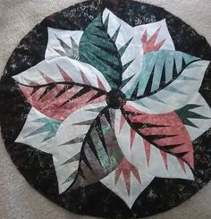 Poinsettia, Quiltworx.com, Made by Donna Johnson