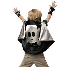 Little Hero kids' costumes: Dress-up pirate cape