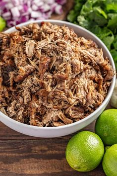 Killer Crockpot Carnitas (slow cooker) , The best crockpot carnitas you will ever have! Crockpot Killer pork carnitas are made in your slow cooker, so it couldn& be easier! Pork Recipes, Slow Cooker Recipes, Mexican Food Recipes, New Recipes, Crockpot Recipes, Favorite Recipes, Mexican Dishes, Pork Meals, Healthy Recipes