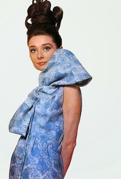 Audrey Hepburn for Givenchy, Vogue 1963 by Bert Stern | ImpressioniFotografiche