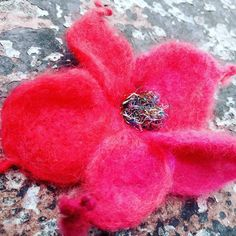 Brooch or hair clip. Hand made felted with recycled sparkly ribbons. Perfect flower for gift. Nice wraping with old wax. Ready to go *** available romantic box for valentines day Love Valentines, Valentine Gifts, Cherry Blossom, Maya, Hair Clips, Recycling, Presents, Brooch, Romantic