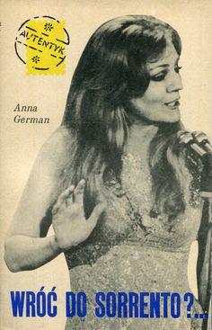 """""""Wróć do Sorrento?..."""" Anna German Cover by Mieczysław Kowalczyk Book series Autentyk Published by Wydawnictwo Iskry 1970"""