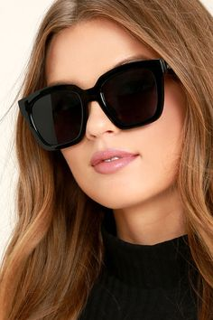 It's hip to be square when you're wearing the Perverse Ace Black Sunglasses! Chunky square frames have a glossy finish. Black gradient lenses. UV 400.