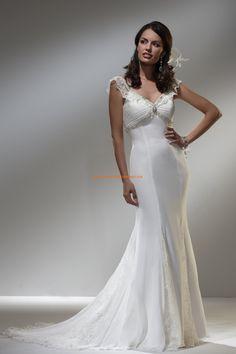 Robe de mariée pas cher fourreau col V