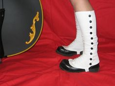 Mad Scientist Spats. Need those. If all goes well, I'm gonna be rocking some knee high spats at Windycon.