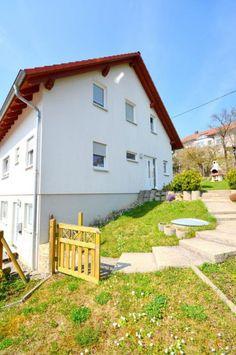 """Immobilie der Woche 16/2015: """"Neuwertige Doppelhaushälfte in Weissach"""""""
