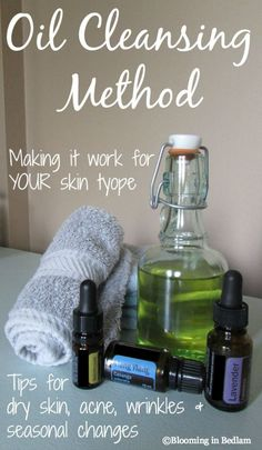 Tips on the oil cleansing method by your skin type including dry skin, acne, wrinkles and seasonal changes. Plus the recipe I use for dry skin & hormonal acne!