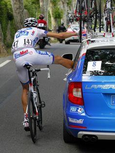 Les clichés du Tour de France 2012   Slate