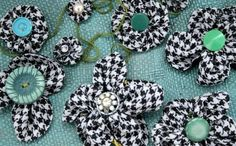 DIY Button : DIY Fabric Flowers,