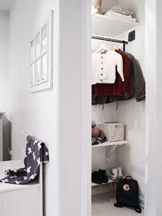 Simple coat closet