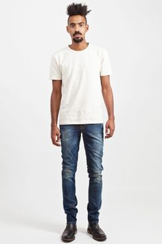 6e66c6b7268e just Sune with tee and jeans.