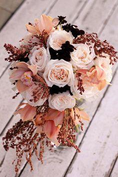 ☆ Kate :+: Owner and lead designer of Manhattan Beach, California based boutique floral design studio Floret Cadet ☆