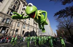 Looks like it's pretty easy….being green!  <3 kermit. Macy's Thanksgiving parade...