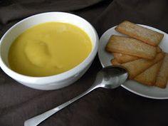 Después de hacer el lemond curd  me he decidido hacer un maracuyá curd. Es una crema de origen inglés muy utilizada en repostería para cubri...