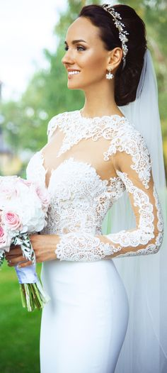 A classic wedding dress that's still got lots of character, by @bertabridal.