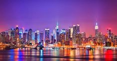 your one stop guide to find the best things to do in NYC. This city that never sleeps will take your breath away and explore the New York City like never before. A selectively hand picked Places to visit in NYC. New York City Skyline, Nyc Skyline, Skyline Image, Manhattan Skyline, Lower Manhattan, Manhattan Night, Tokyo Skyline, Pittsburgh Skyline, Manhattan Nyc