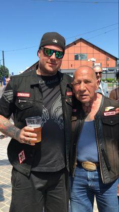 Sonny the Legend Sonny Barger, Hells Angels, Living Legends, Audi Tt, Anarchy, Bikers, Angles, Harley Davidson, Mens Sunglasses