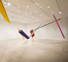 I recently stumbled upon a new installation by Joel Shapiro of which I really like the energy it breaths. It was exhibited earlier this year at Rice University Art Gallery in Houston.