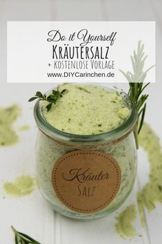 Recipe - Simply make herbal salt with basil, rosemary, oregano and thyme yourself - - Salted Chocolate Chip Cookies, Chocolate Crinkles, Chocolate Cookie Recipes, Chocolate Gifts, French Butter Cookies Recipe, Kraut, Diy Food, Herbalism, Food And Drink