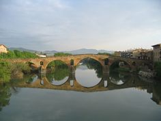 Puente de Puente la Reina (Navarra). Románico Propio o Vernáculo  -28