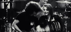 LOOK AT GEE WATCHING RAY I AM CRYING