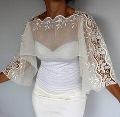 Fashion Wear, Look Fashion, Fashion Dresses, Womens Fashion, Fashion Design, Bridal Bolero, Bridal Cape, Lace Top Dress, Fashion Fabric